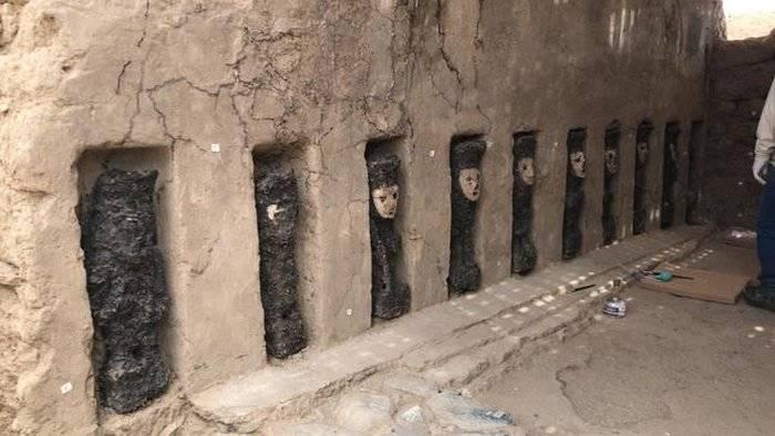 Escavação peruana descobre estátuas bem assustadoras