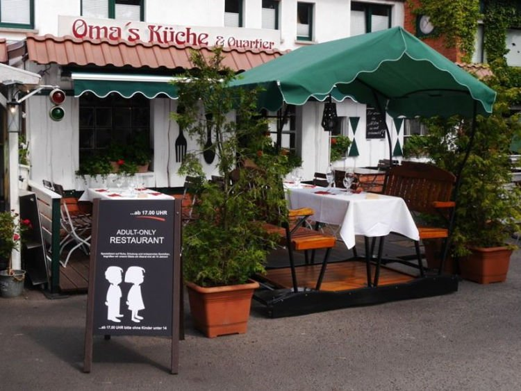 Restaurante gera polêmica ao banir crianças de até 14 anos