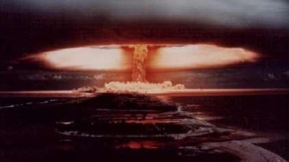 Veja mais de 60 vídeos com explosões nucleares!
