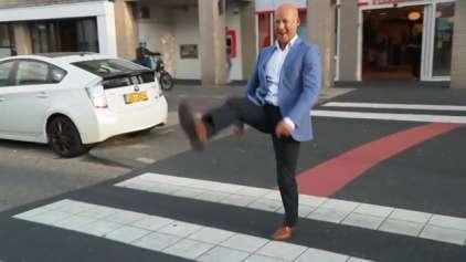 """Cidade holandesa cria a calçada para """"Silly Walks"""""""