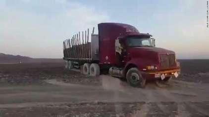 Caminhão perde o controle e passar por cima das ilhas de Nazca