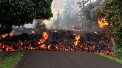 Vídeo incrível mostra lava engolindo Mustang no Havaí