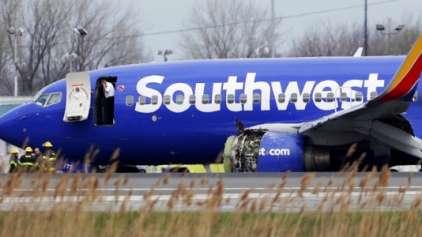 """Mulher é """"sugada para fora de avião"""" durante acidente aéreo"""