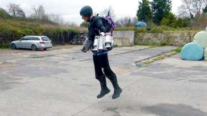 """Homem cria a primeira roupa funcional do """"homem de ferro"""""""