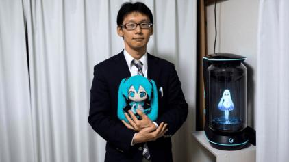 Casamento entre homem e holograma