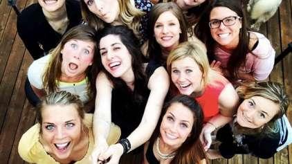 """Como deveriam ser chamadas as """"selfies"""" em grupos?"""