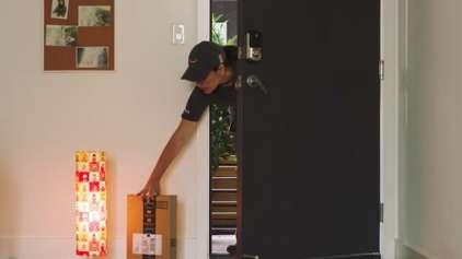 Amazon quer que o entregador abra a porta da sua casa