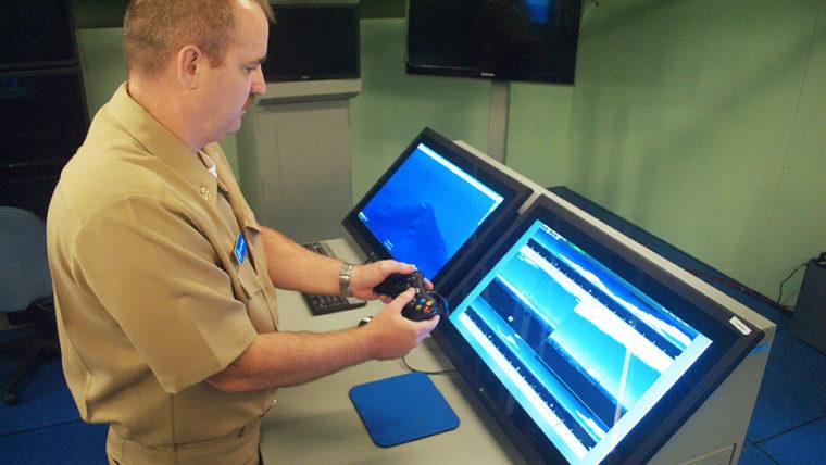 Marinha americana está adotando controle de XBox em submarinos