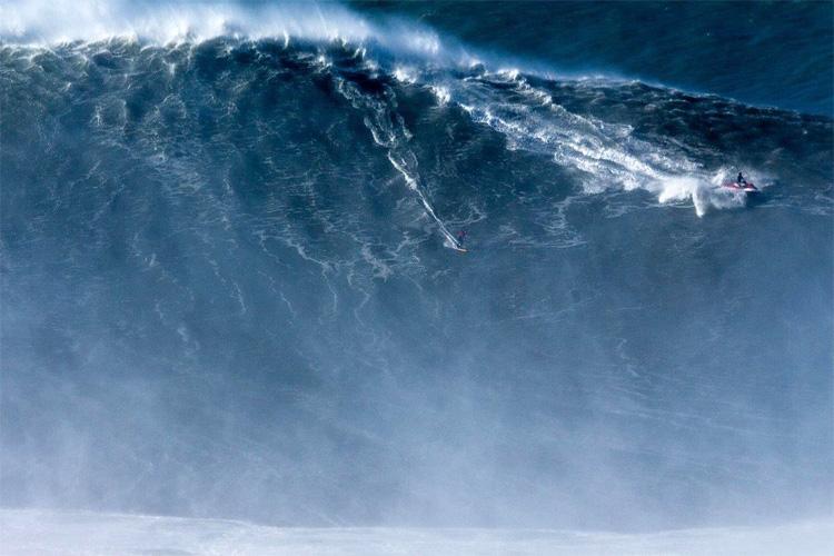 Sabia que o recorde de maior onda surfada é de um brasileiro?