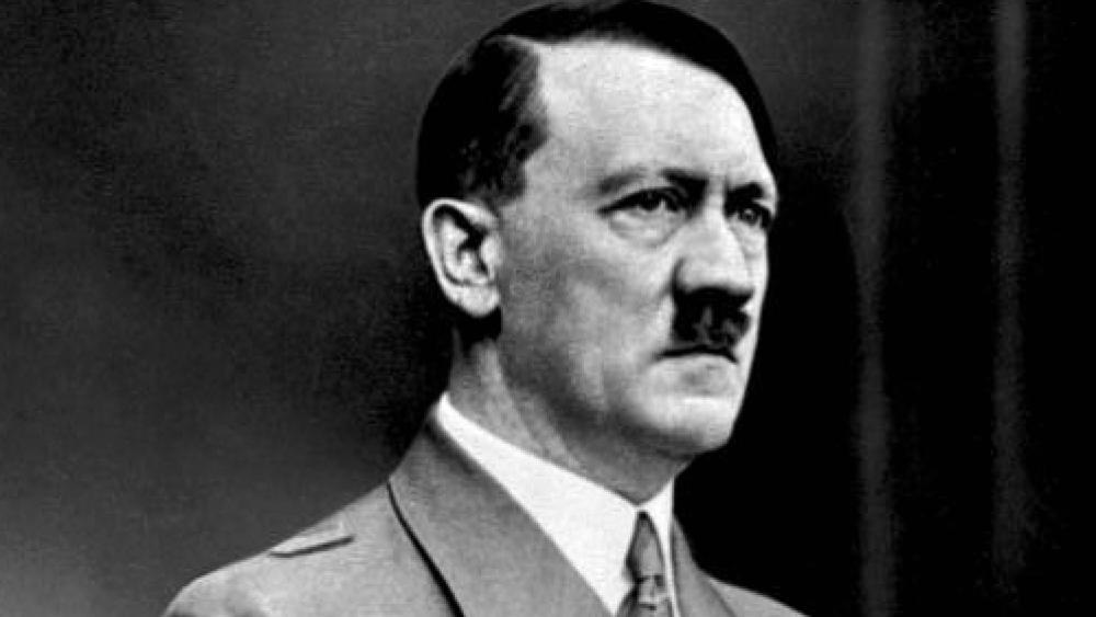 Estudo sobre os dentes de Hitler dizem a verdade sobre sua morte