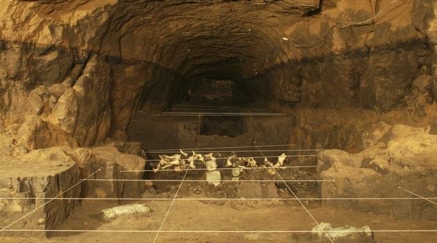 O tesouro subterrâneo sob pirâmides do México!